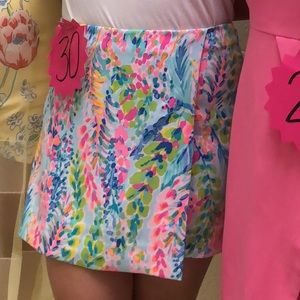 Lilly Pulitzer Shorts - Lilly Pulitzer Catch The Wave skort size 12